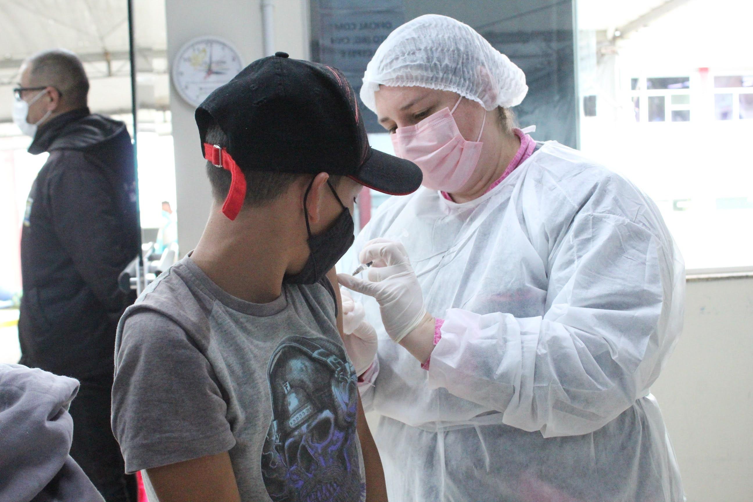 Coronavírus: vacinação é liberada para adolescentes com 14 anos em Lages Últimas notícias Lages coronavírus