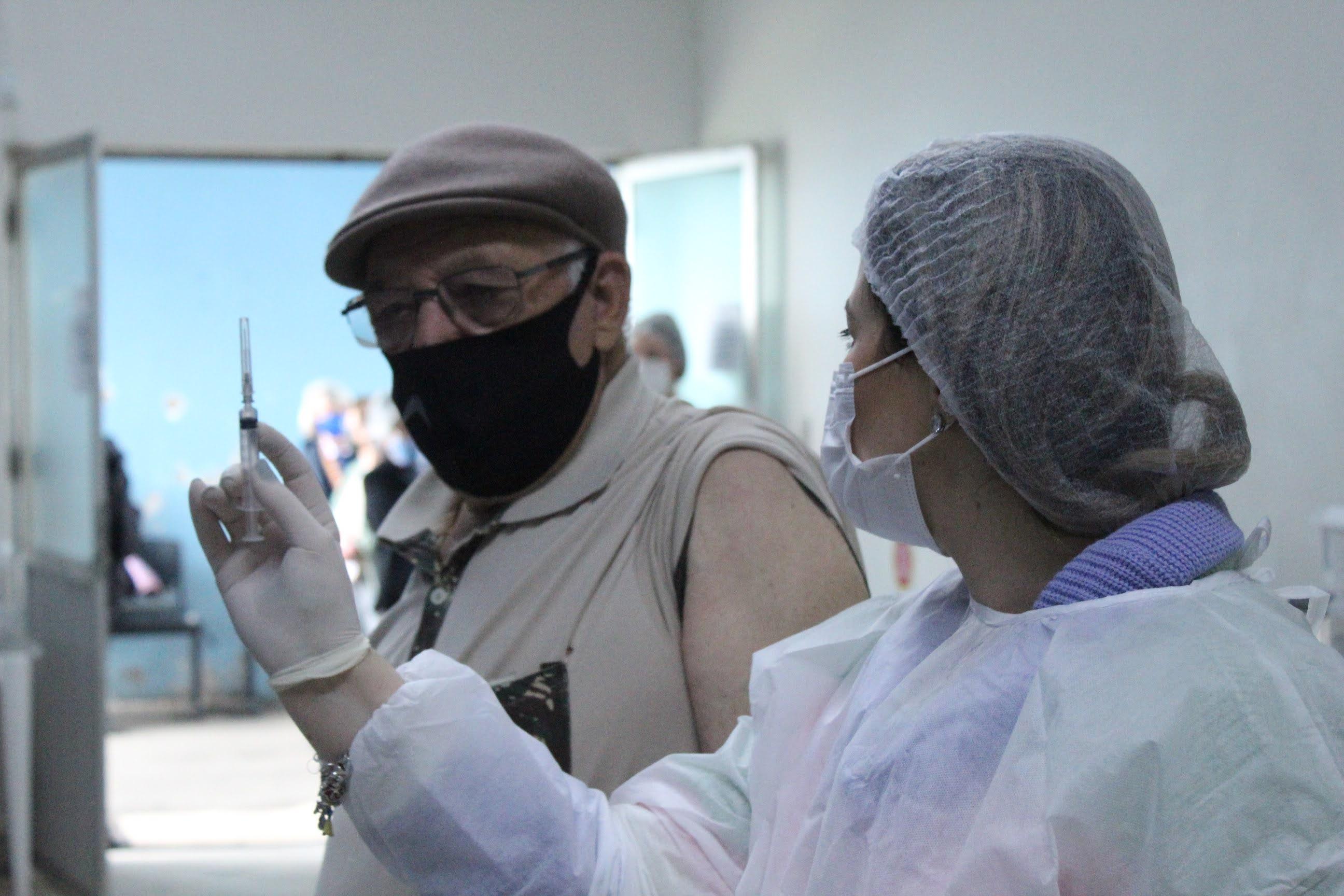 Coronavírus: liberado reforço vacinal para pessoas com 60 anos ou mais a partir desta quarta-feira em Lages Últimas notícias Lages coronavírus