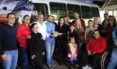 Microônibus adaptado é doado à Associação de Pais e Amigos dos Surdos - 2019-07-22 21:05:00