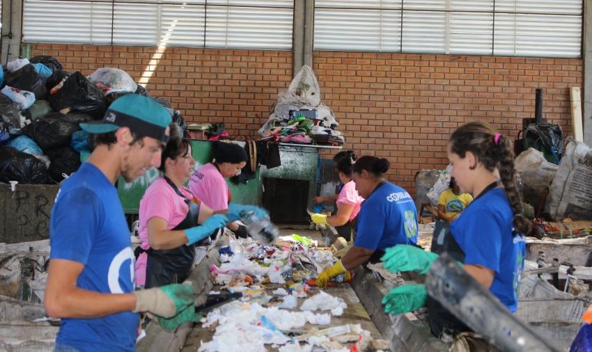 Plano Municipal de Saneamento Básico e Gestão Integrada de Resíduos Sólidos serão apresentados para moradores e comerciantes de cinco regiões de Lages  - 2019-09-06 15:54:10