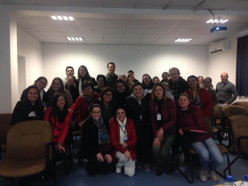 Cerest realiza ação de educação em saúde do trabalhador para profissionais do Hospital e Maternidade Tereza Ramos  - 2019-09-11 10:11:39