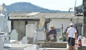 Secretaria de Serviços Públicos e Meio Ambiente define cronograma de serviços nos Cemitérios Municipais para o dia de Finados - 2019-10-11 15:05:07