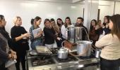 Treinamento inédito de introdução ao mundo das cervejas para mulheres do Brasil é feito em Lages e alcança a etapa prática  - 2019-10-17 16:07:14