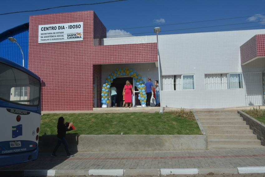 Lages ganha o segundo Centro-Dia do Idoso de Santa Catarina com estrutura moderna de afeto às pessoas de maior experiência e ensinamentos de vida   - 2019-11-29 19:53:49