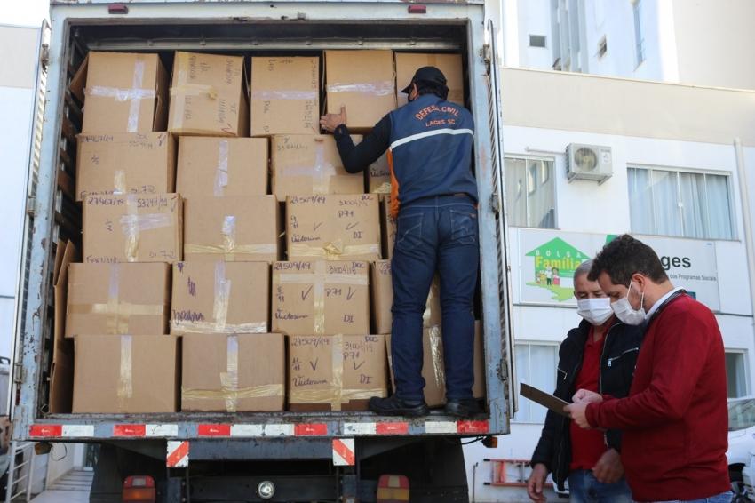 Assistência Social recebe 1.200 cobertores doados pela Receita Federal - 2021-04-28 10:40:13