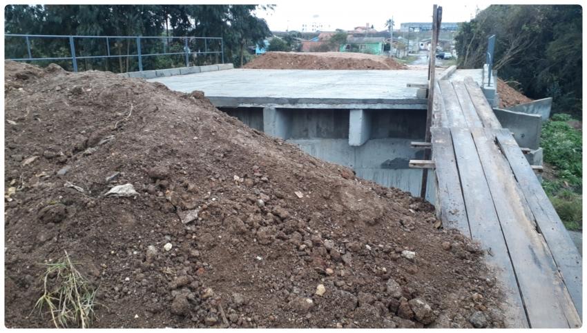 Nova travessia sobre Rio Ponte Grande está em fase de conclusão - 2021-06-09 10:05:32
